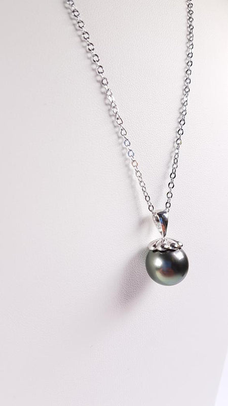 Tahitian Pearl Pendant set in St Silver     9mm