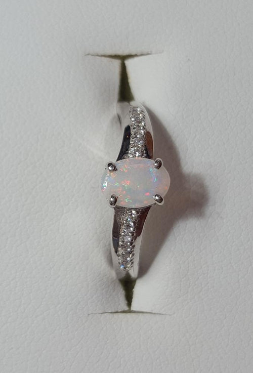 White Opal Ring set in St Silver 0.48Ct