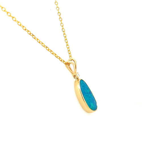 Australian Opal Doublet 3.30 Carat Pendant set in 14 Karat Yellow Gold with 1 x G-H/Vs1-Si1 Diamond Weighing 0.03 Carat