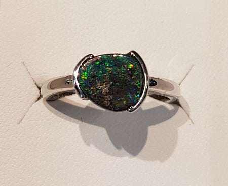 Boulder Opal Ring set in 14K Yellow Gold 0.85Ct  2x Diamond 0.05Ct