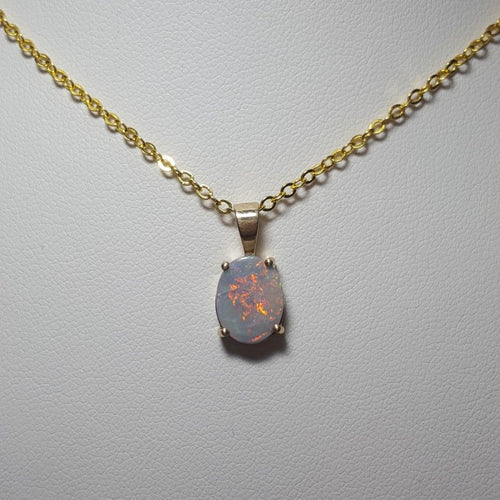 Black Opal Pendant set in 14K Yellow Gold 1.75Ct