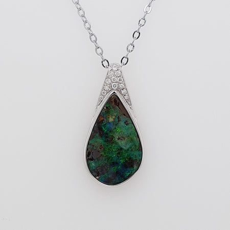 Boulder Opal 3.9ct.Pendant set in 14K Y GOLD  12x13mm