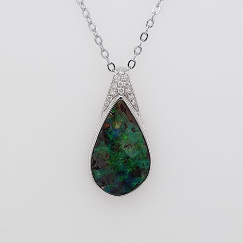Boulder Opal 4.65ct.Pendant set in 14K W GOLD