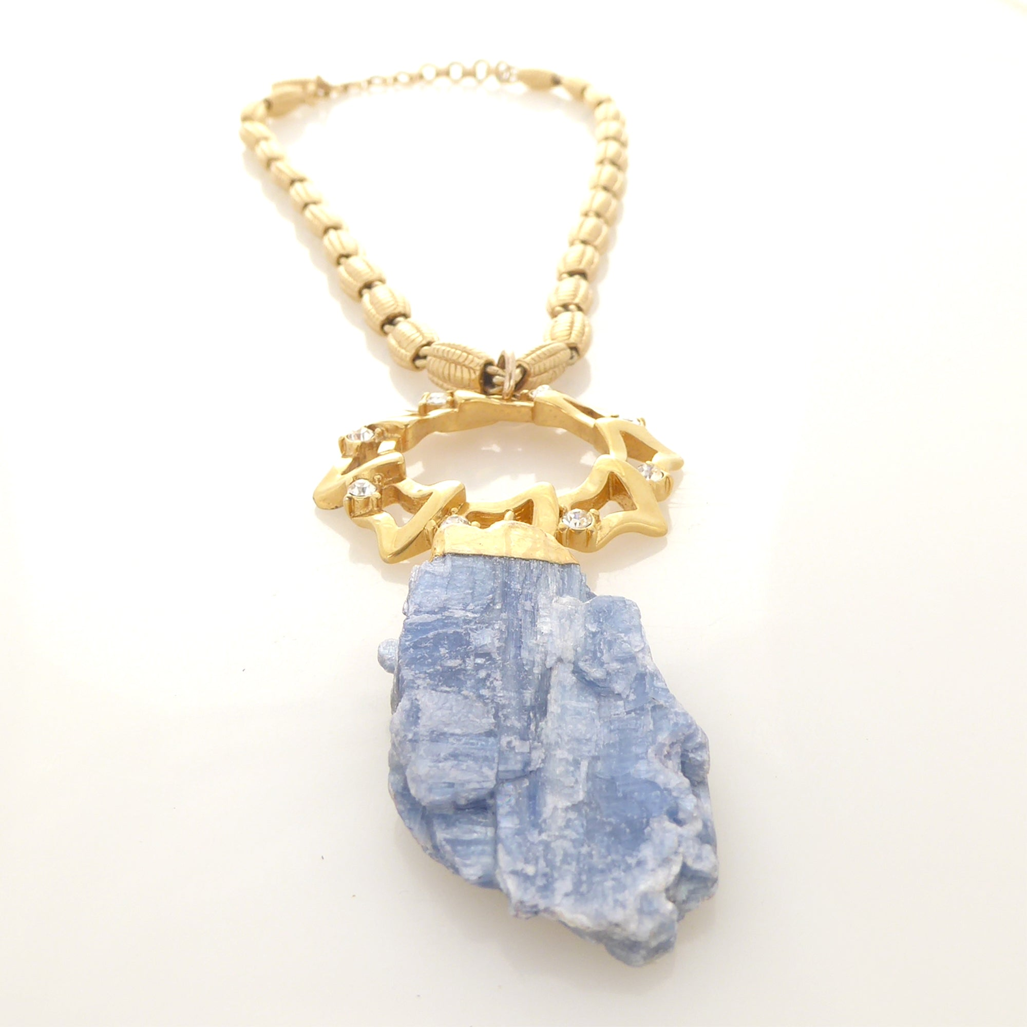 Blue kyanite pendant necklace