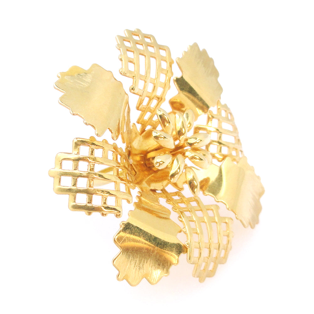 Gold abstract flower ring by Jenny Dayco 2