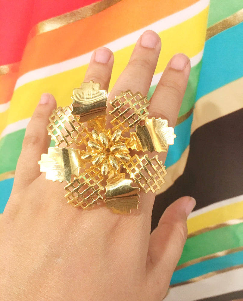 Gold abstract flower ring by Jenny Dayco 6