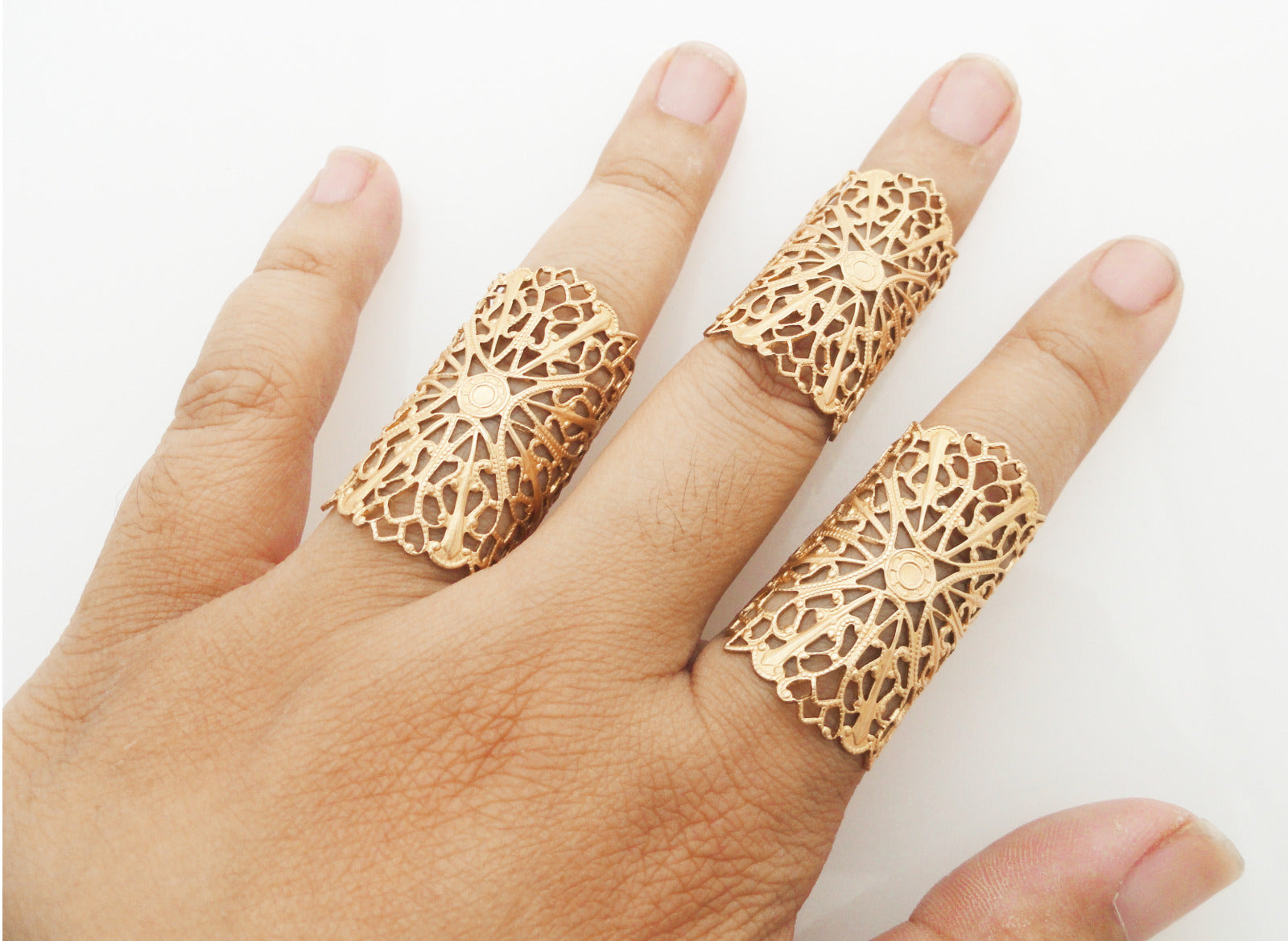 Matte gold filigree ring set