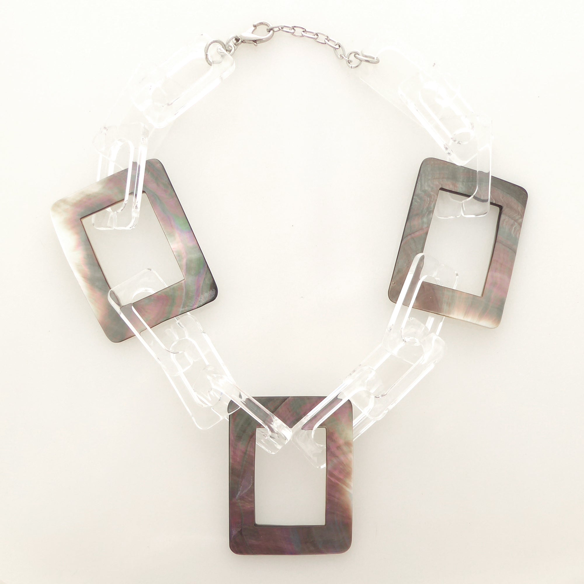 Rectangle shell necklace