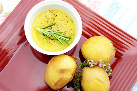 Potatoes with herb dressing
