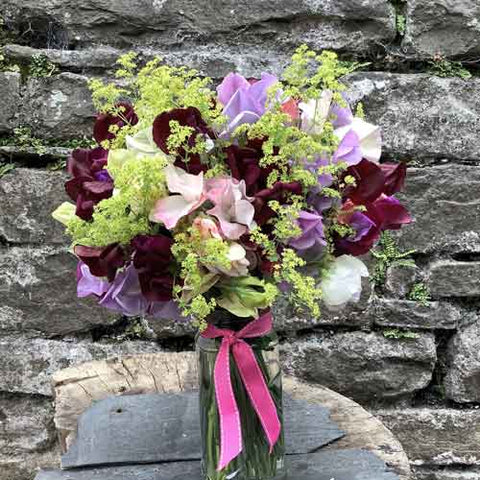 A frothy posy for delicious sweet peas