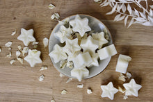 Load image into Gallery viewer, Luscious Vanilla Wax Melts