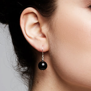 Klassic Pearl Earrings – Black