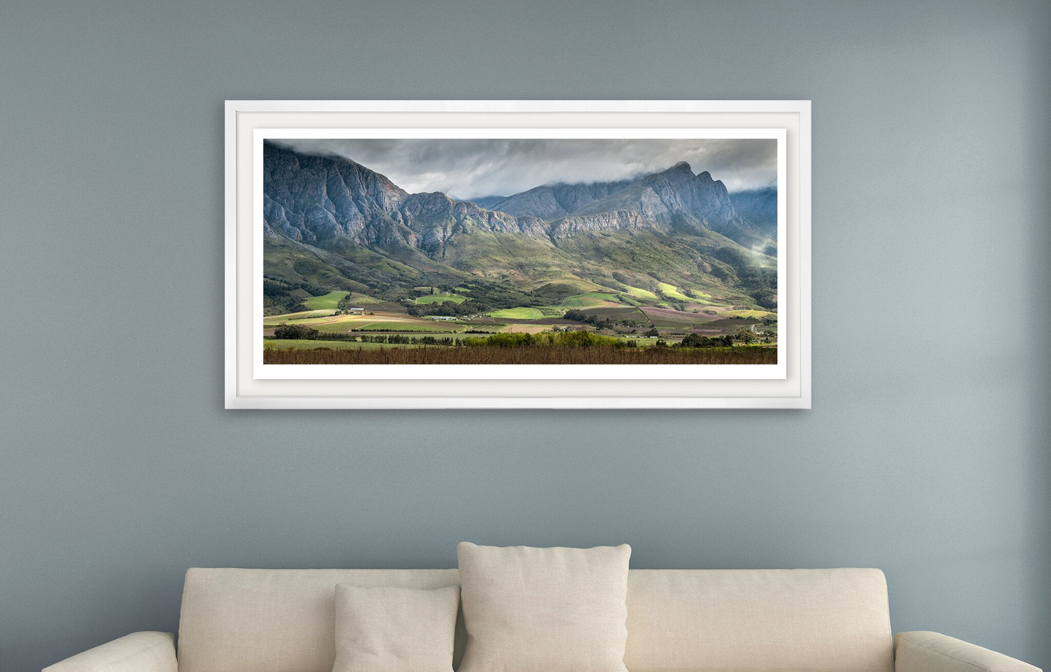Photograph taken by Peter Corbett of the Horse Shoe mountain range in Tulbagh
