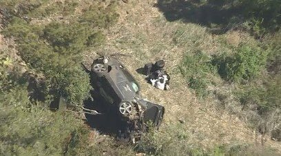 Tiger Woods - L.A. wreck rollover accident Jaws of Life
