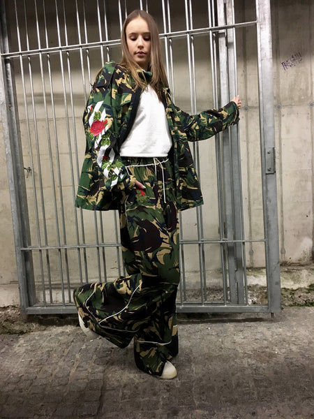 Off-White Wide Trousers in Camouflage