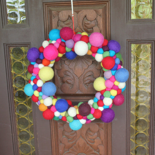Felt Christmas Wreath - Rainbow Balls