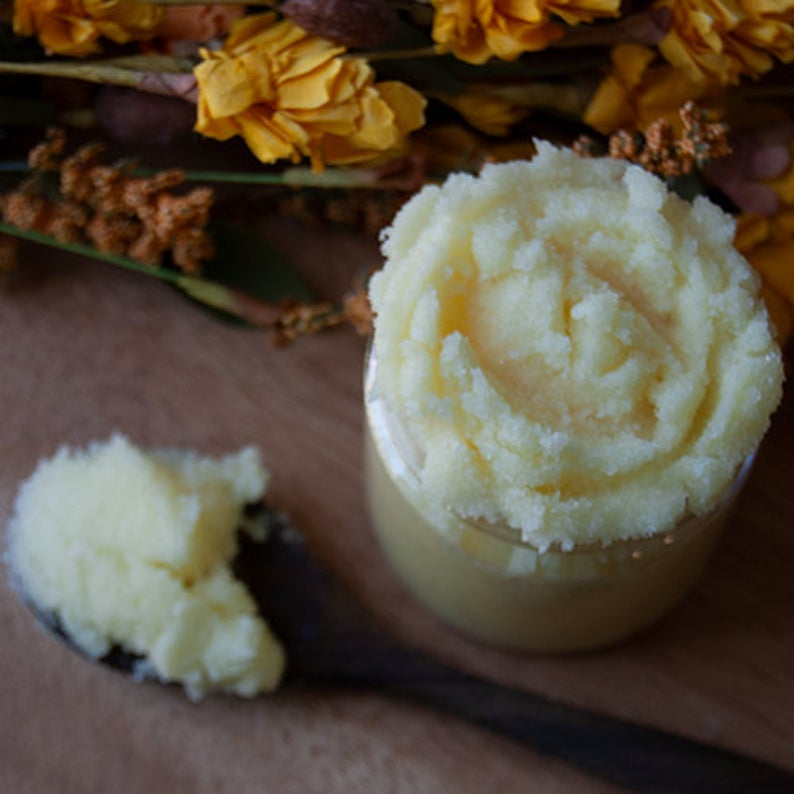 exfoliating Vanilla Sugar Body Scrub