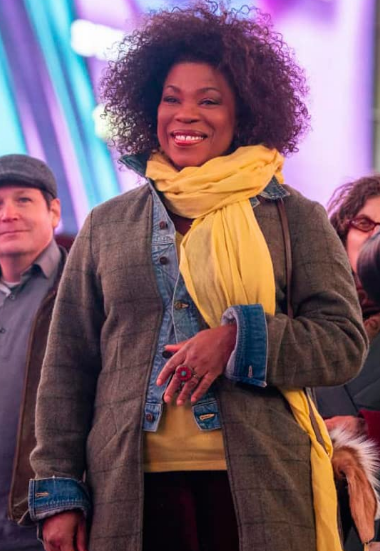 Lorraine Toussaint The Equalizer Grey Coat