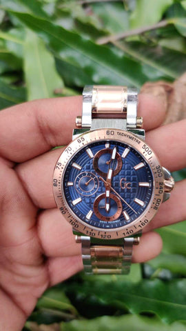 GUCCI CHRONOGRAPH WOMEN WATCH.