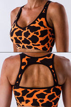 Load image into Gallery viewer, AR 1241-neck keyhole crop top