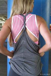 AR 1483 - Twisted Back Overvest