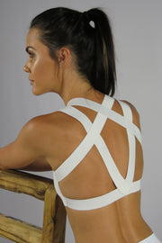 AR 2028 - WET LOOK ELASTIC STRAP CROP