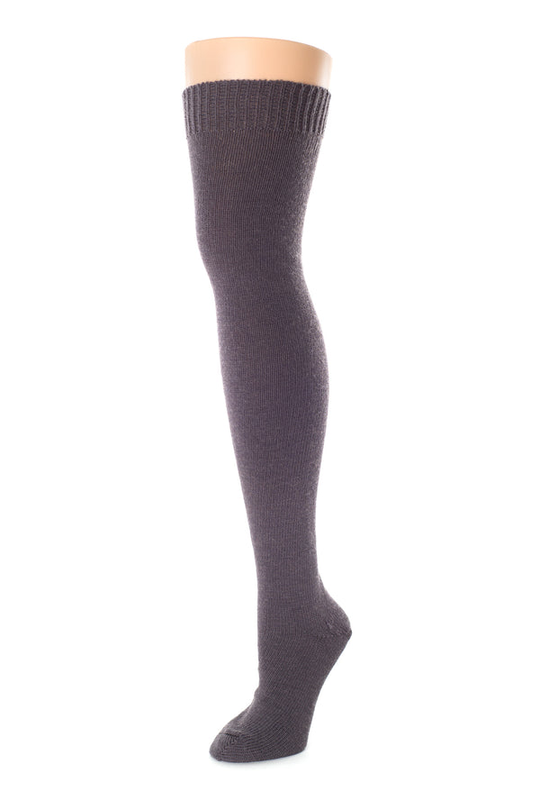 Delp Stockings, Seamed Heavyweight Wool Stockings. Charcoal color side view.