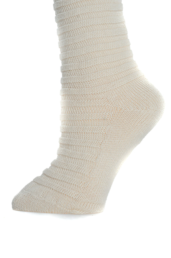 Delp Stockings, Horizontal Ribbed / Banded Stockings. Cream color side detail view.