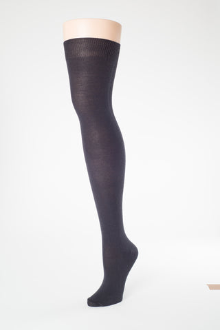 Delp Stockings Plain Silk SALE Stockings. Black color side view.