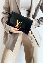 Load image into Gallery viewer, Louis Vuitton Black Clutch