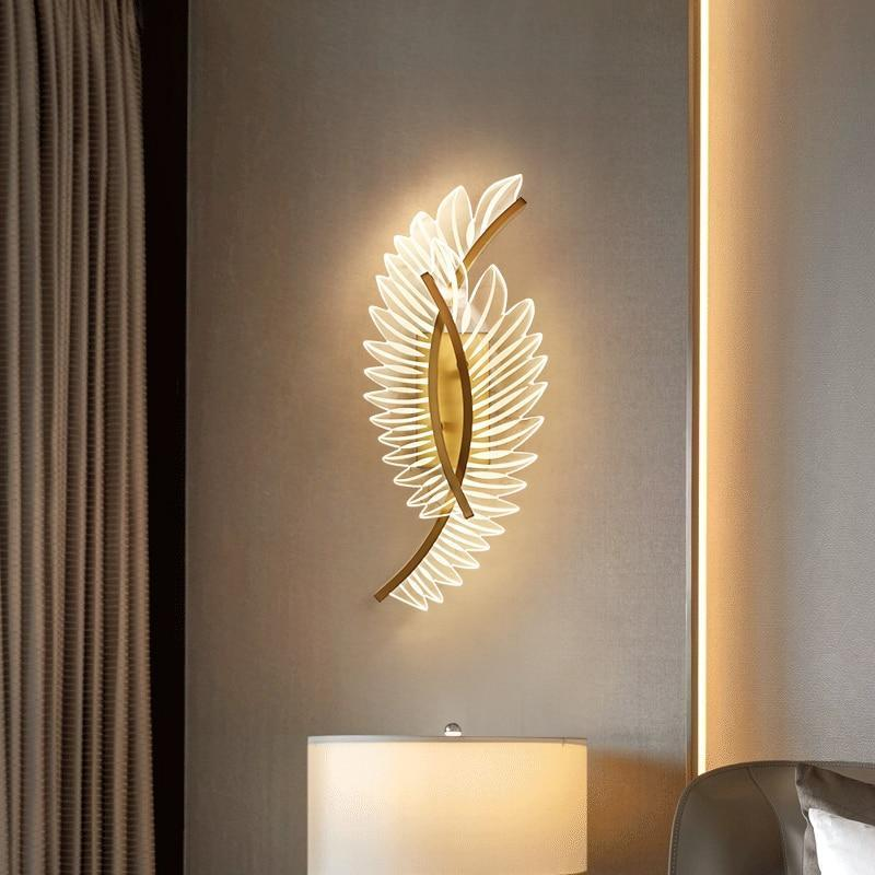 Daphne 3D-Feather Glass And Metal Wall Lamp