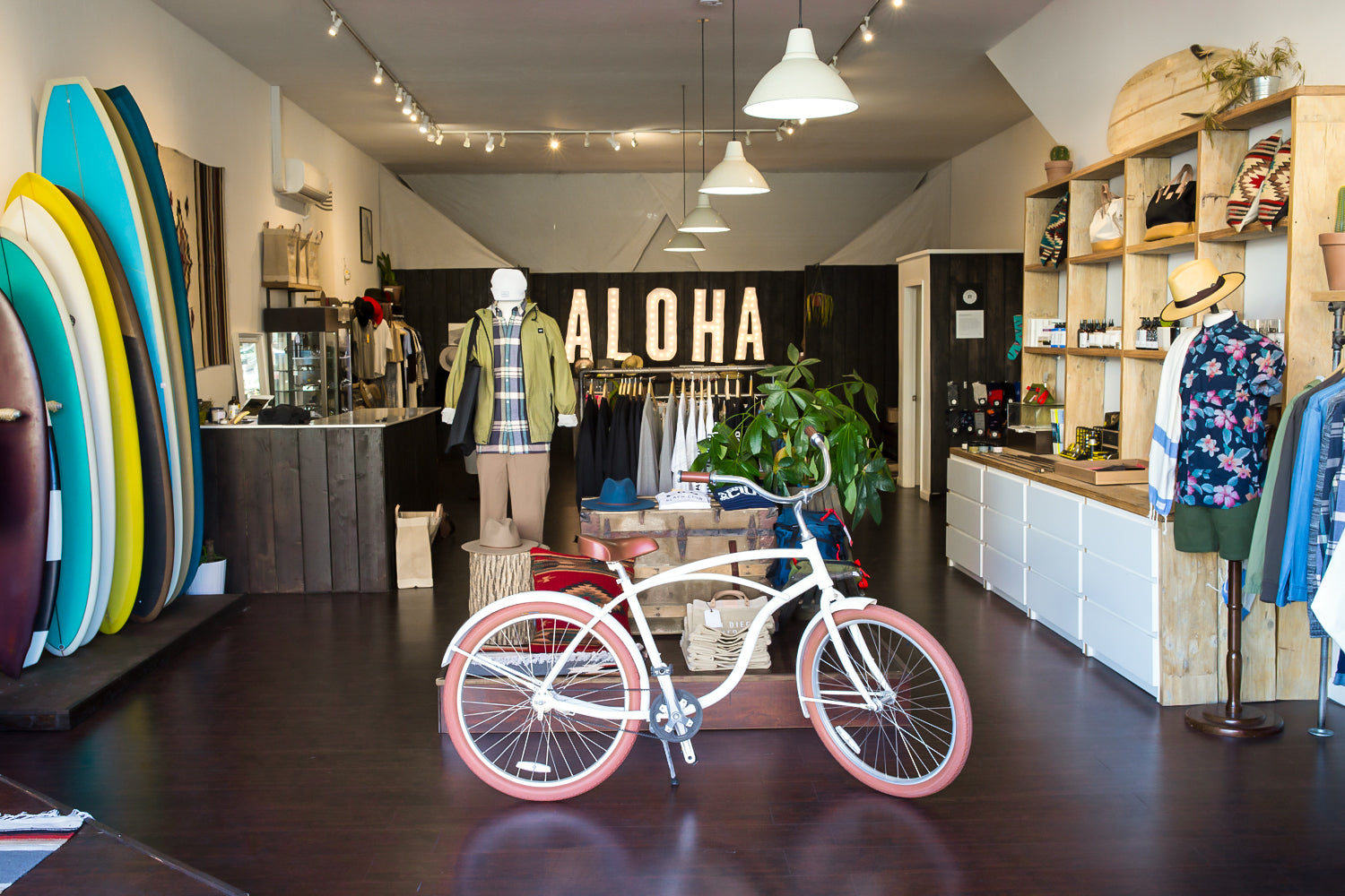 Aloha Beach Club x Priority Bicycles Coast Cruiser