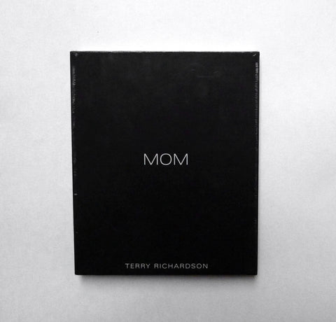 TERRY RICHARDSON / Mom-Dad - tailor books