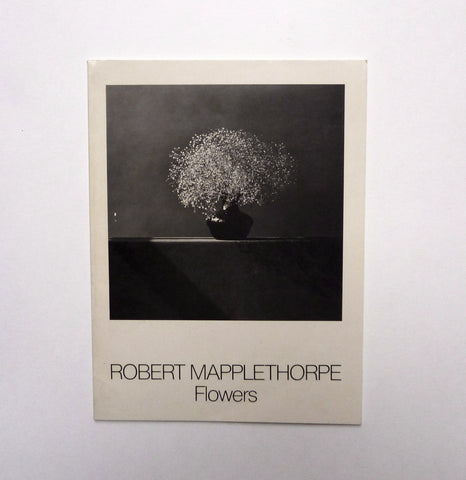 ROBERT MAPPLETHORPE / Flowers - tailor books