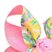"Load image into Gallery viewer, 2.25"" LP RIBBON, 6.5"" XXL TWO TONE SPECIALTY BOW W/ KNOT ON LG. ALLIGATOR  CLIP--T60 - PINK W/ GREEN"