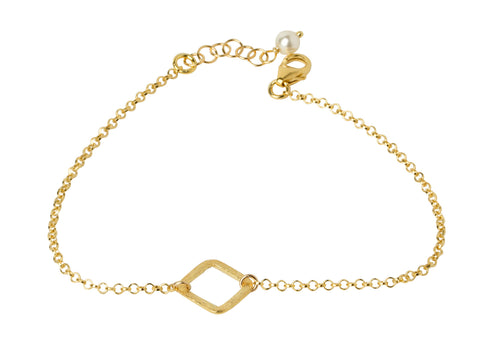 Tiny Gold Diamond Shaped Bracelet