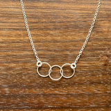 Three Circles Chain Necklace