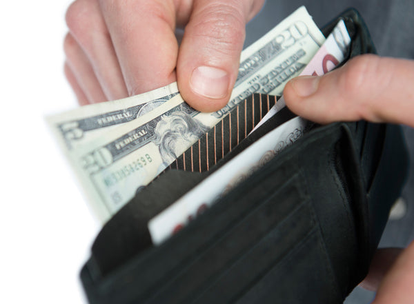 Wallet Divider separates cash receipts and currency in your wallet
