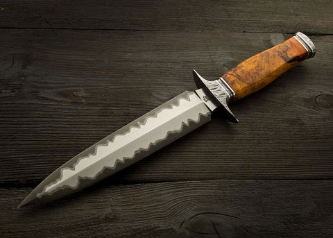 Amber Maple Dagger