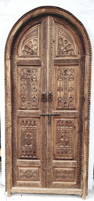 Arch moorish interior door