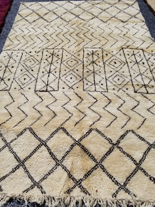 10ft5 by 6ft3 vintage beni Ourain carpet