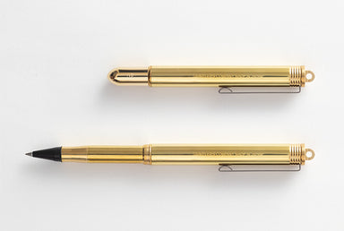NEW to the traveler's Company line of writing instruments!  The Traveler's Company Brass Rollerball pen uses a standard International fountain pen cartridge.