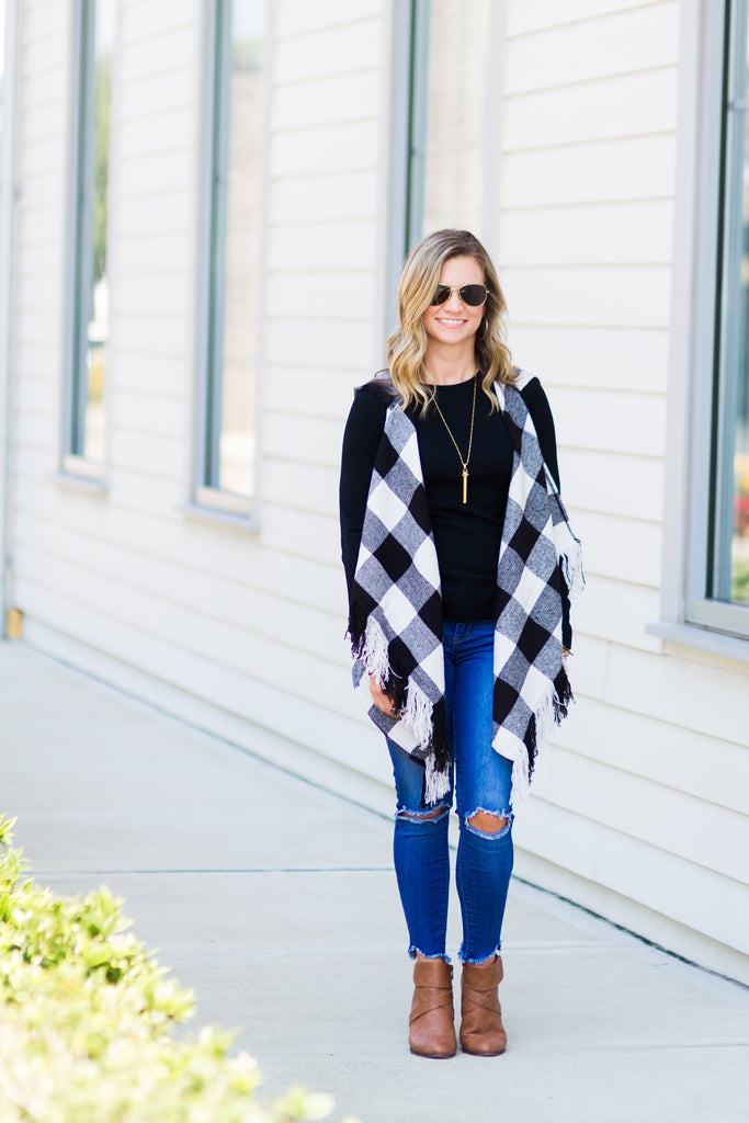 Buffalo Plaid Vest (Black)