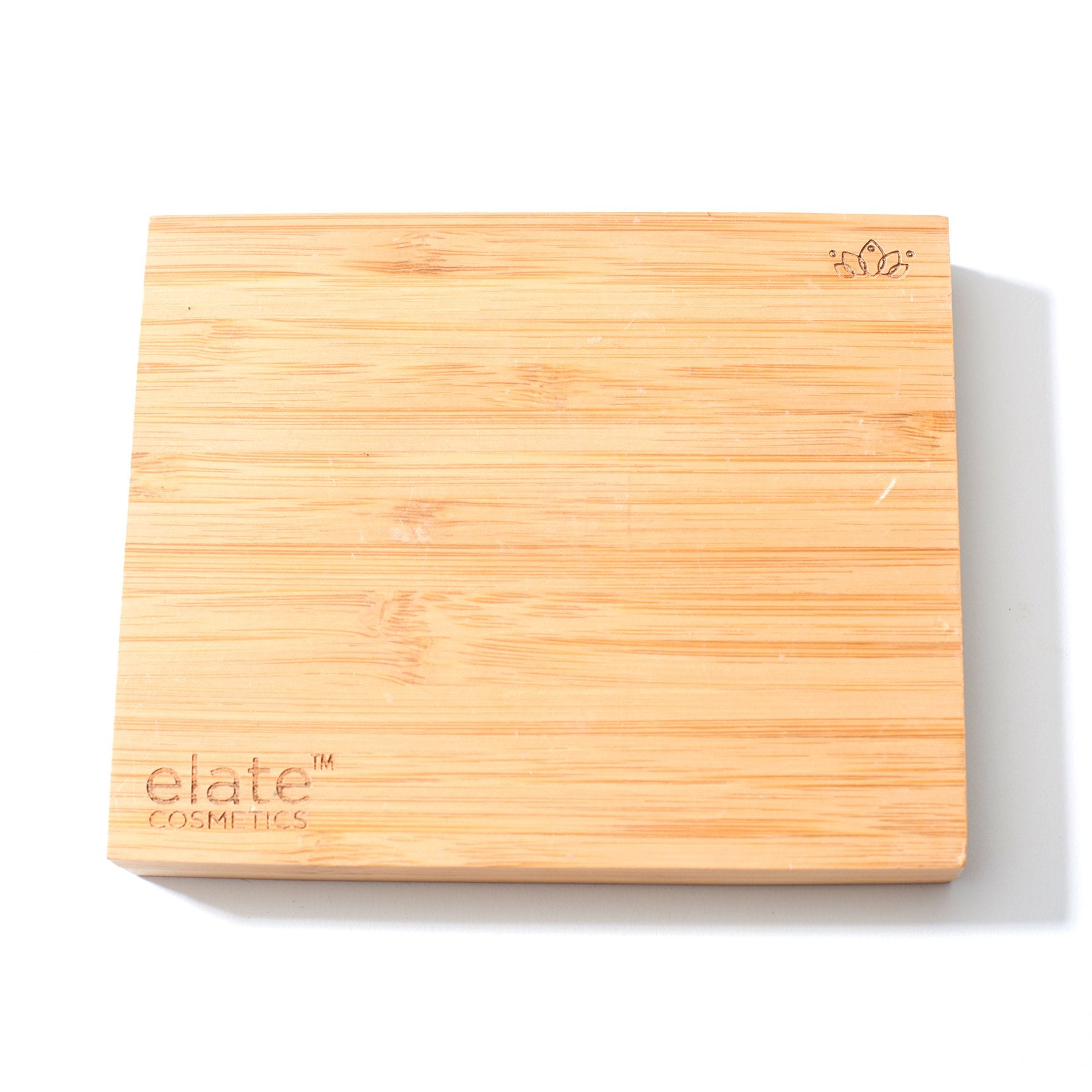 elate cosmetics vegan, sustainable and cruelty-free clean beauty bamboo makeup compact with sustainable material waste free clean beauty