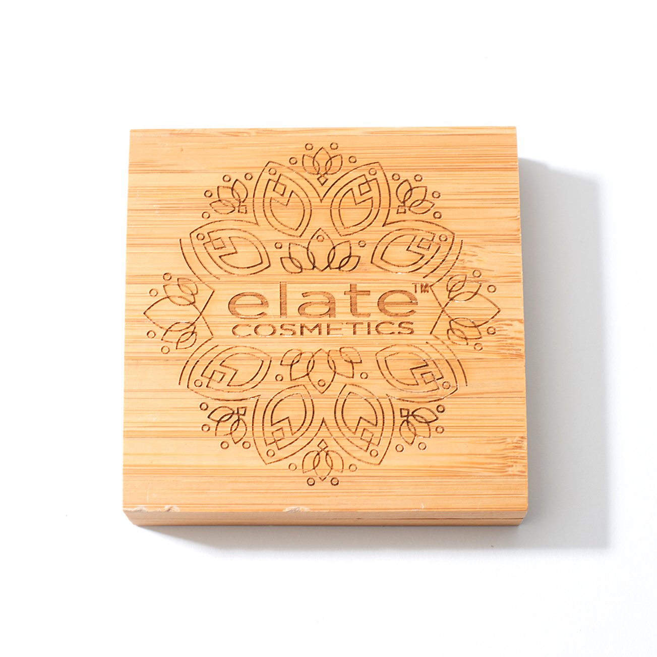 elate cosmetics perfectly imperfect bamboo foundation compact closed with scratches