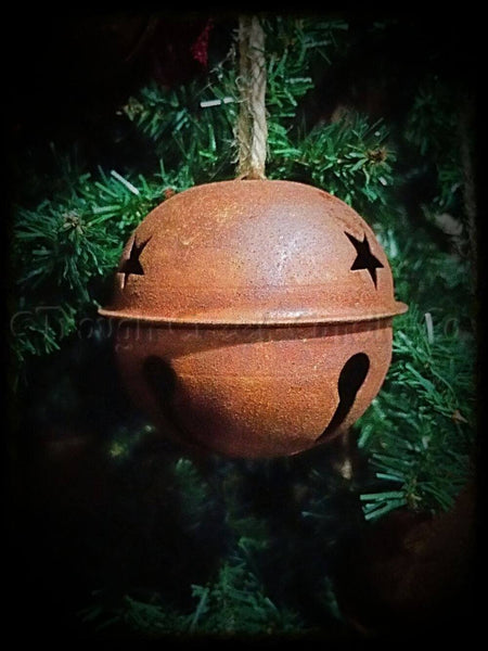 Medium Rusty Jingle Bell