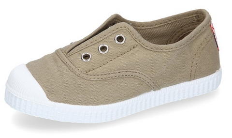Ivory kaki Easy Sneakers with a canvas upper and rubber toe cap
