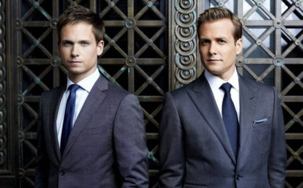 "5 Reasons Why You Watch ""Suits"" Immediately"