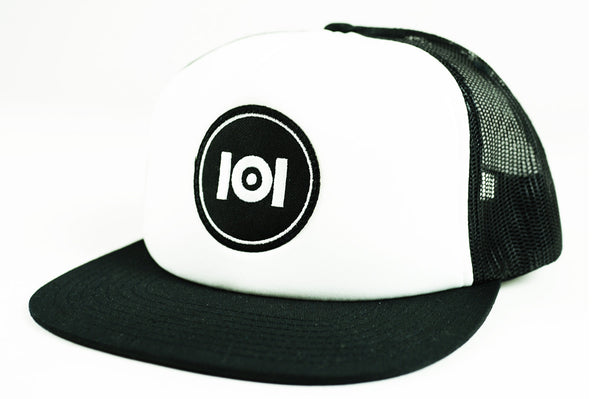101 LOGO TRUCKER HAT - WHITE//BLACK