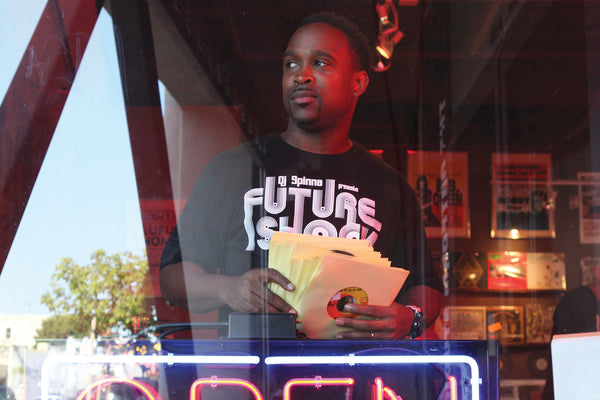 "DJ SPINNA ""FUTURE SHOCK"" MIX CD & T-SHIRT"